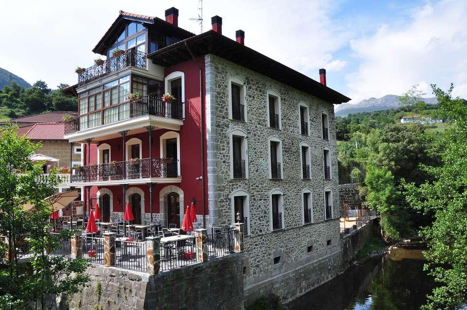 La Casa del Puente - 1.jpg