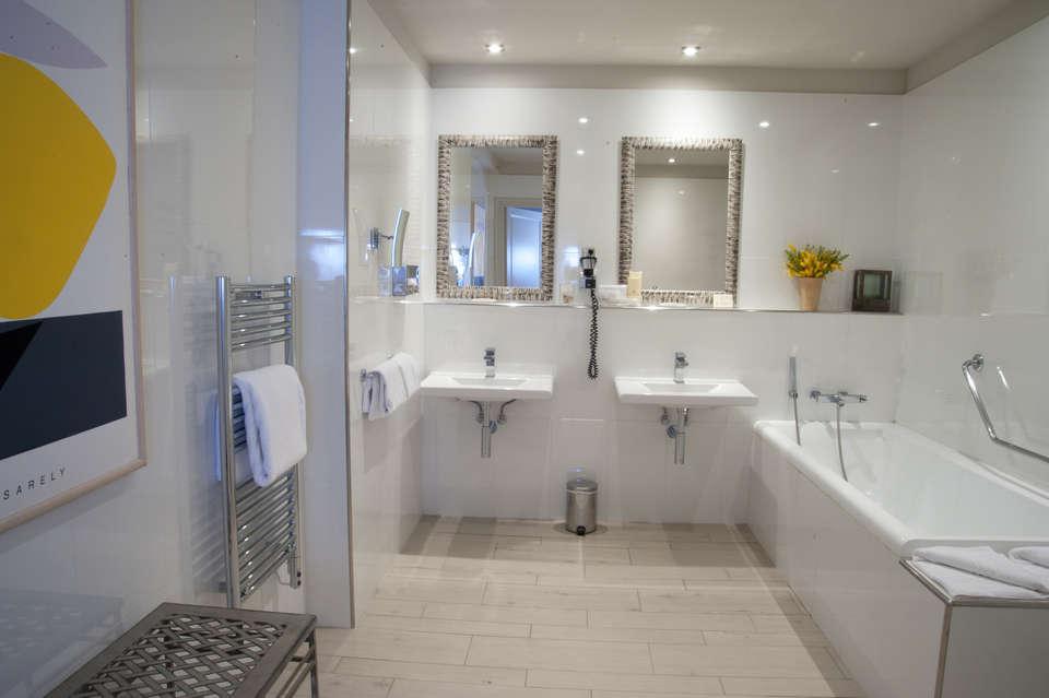 Le Prieuré - Villeneuve les Avignon - Salle de bain suite