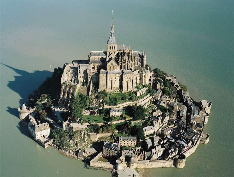 Terrasses Poulard - Crédit photographique : Office du Tourisme du Mont Saint-Mic