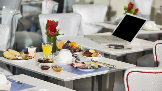 Hotel Kyriad Marseille Centre Paradis-Prefecture - MARSEILLE PARADIS TS IMG