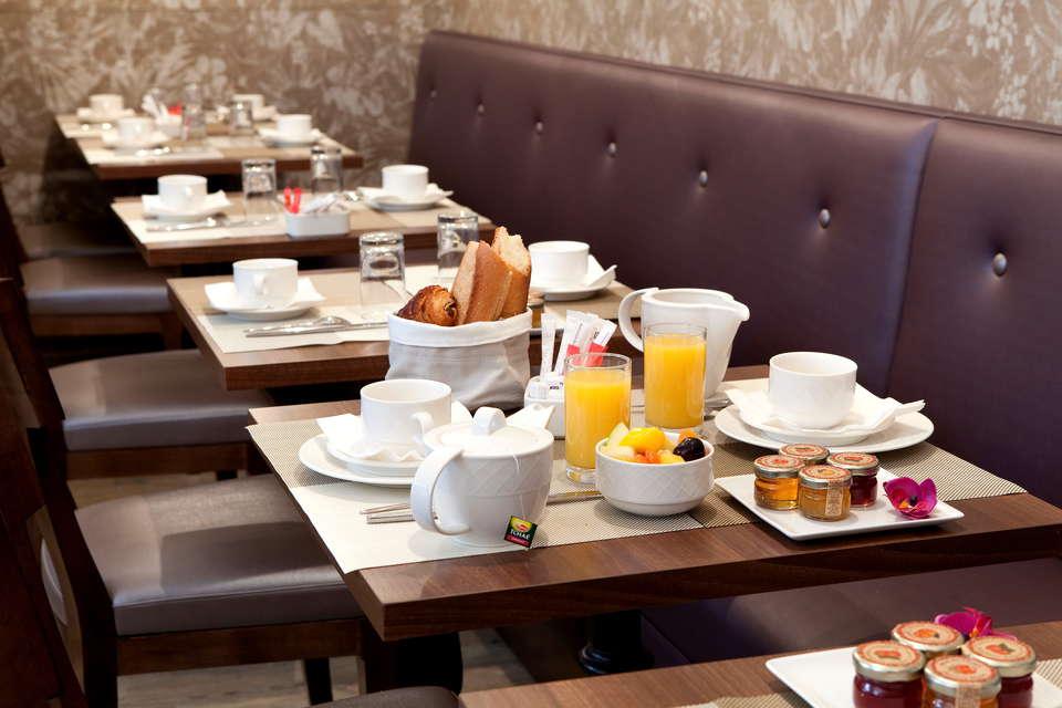 Sport Hôtel - Salle de petit déjeuner
