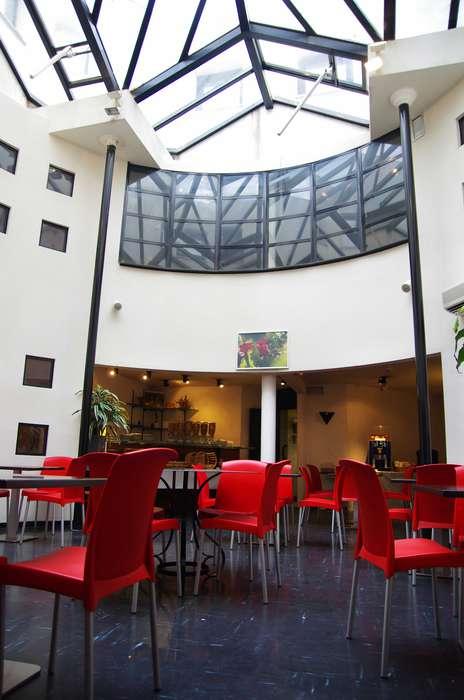 Appart'Hotel Victoria Garden Bordeaux - Salle-petit-dejeuner2.jpg