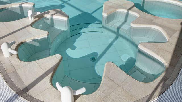Hotel de la Baie Thalassotherapie Previthal - jacuzzi espace marin