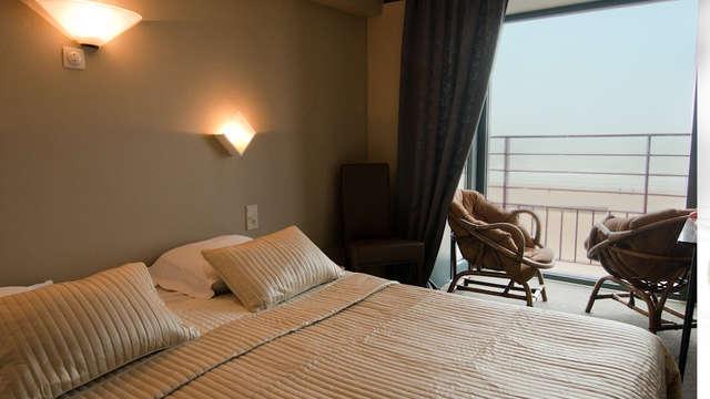 1 overnachting in een standaard tweepersoons kamer met zeezicht voor 2 volwassenen