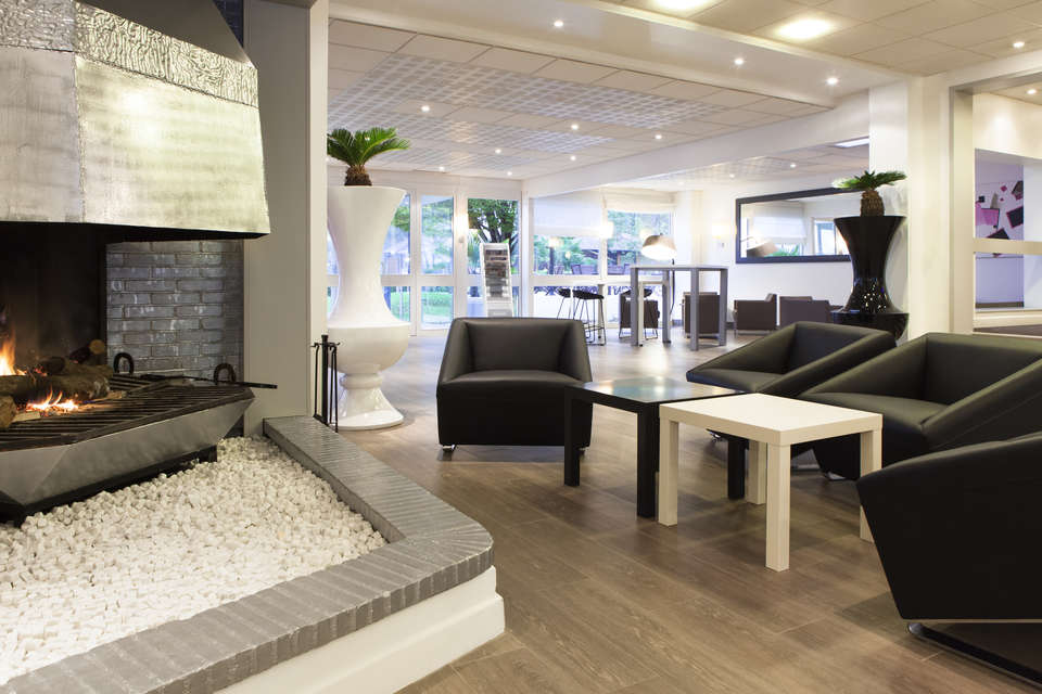 Novotel Fontainebleau Ury - Salon