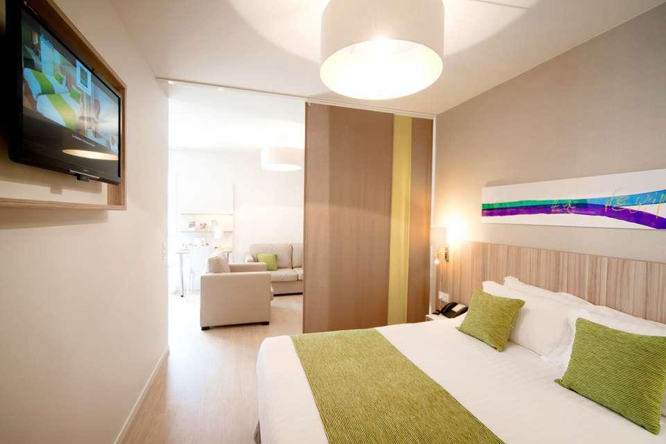 Quality Suites Lyon 7 Lodge - QS_LYON_7_Lodge_superieure_2.jpg
