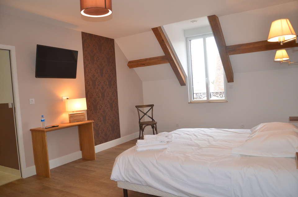 Hotel The Originals Auberge du Moulin à Vent (ex Relais du Silence) - Auberge_du_moulin_a_vent_chambre_confort_2_.JPG