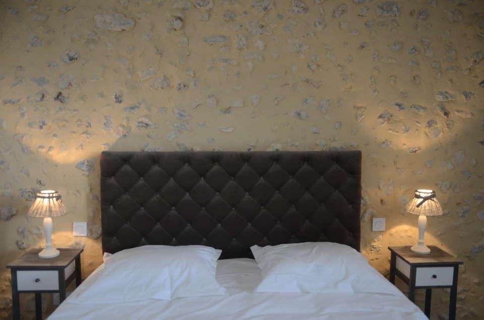 Auberge du Moulin à Vent, The Originals Relais (Relais du Silence) - Auberge_du_moulin_a_vent_chambre_confort_4_.JPG