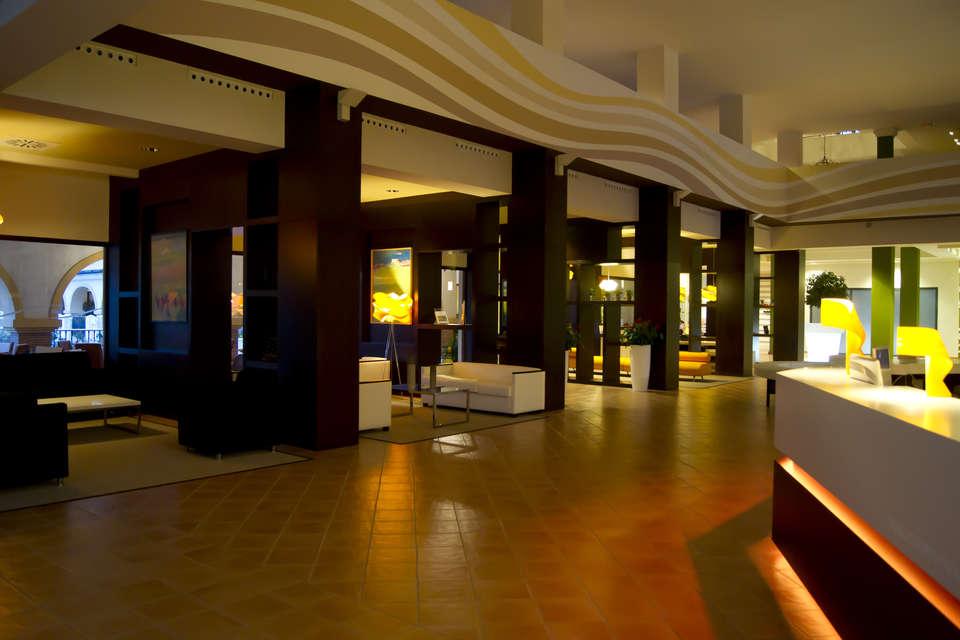 Sensimar Isla Cristina Palace (Adults Only)  - HALL_RECEPCION_2.jpg