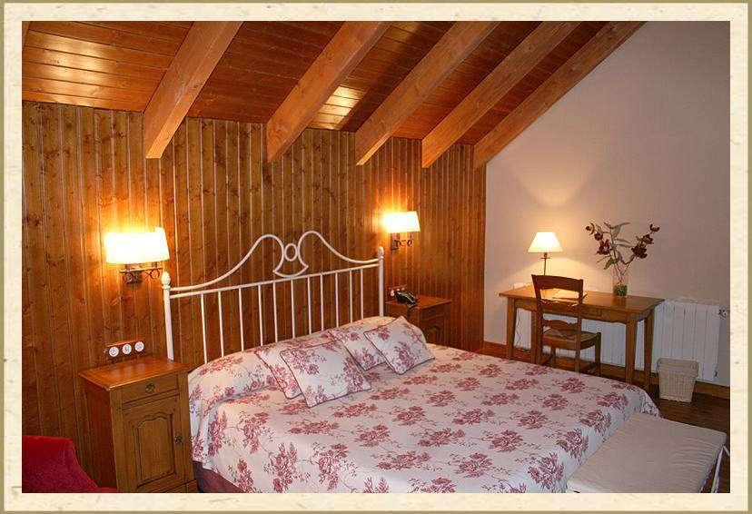Relax en privado con bañera hidromasaje en la habitación en Cuenca