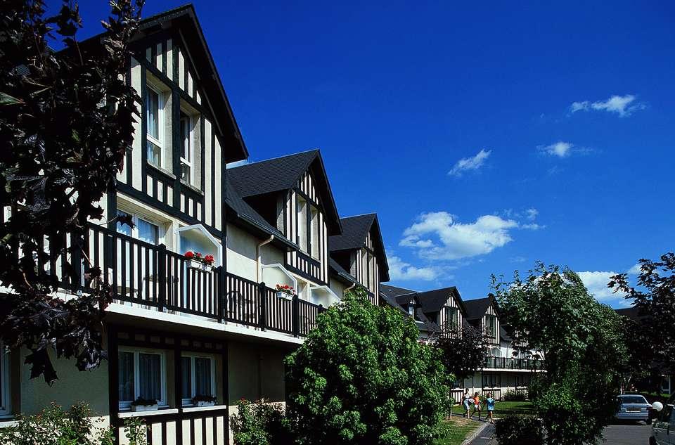 Mercure Cabourg Hôtel & Spa - Façade
