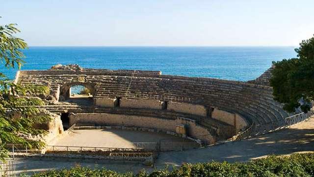 Descubre Tarragona con esta escapada con alojamiento y desayuno incluidos