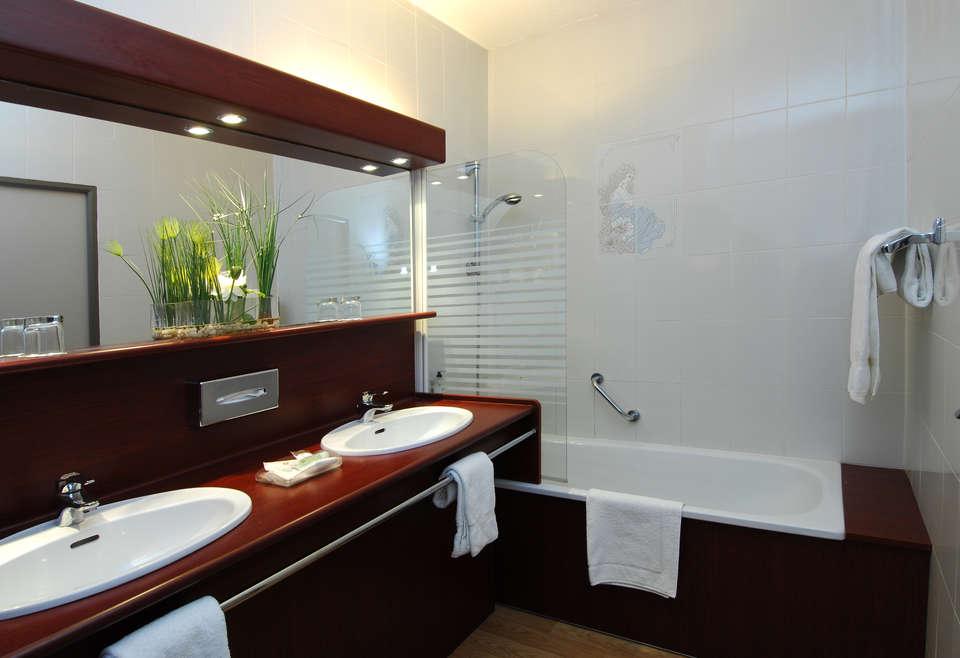 Best Western Golf Hôtel - La Grande motte - Salle de bain