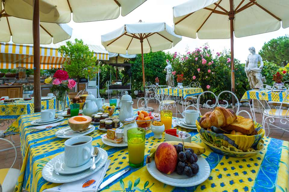 Hôtel Le Hameau - Salle de petit déjeuner