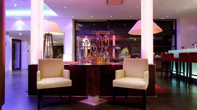 New Hotel Of Marseille - New Hotel Of Marseille Bar