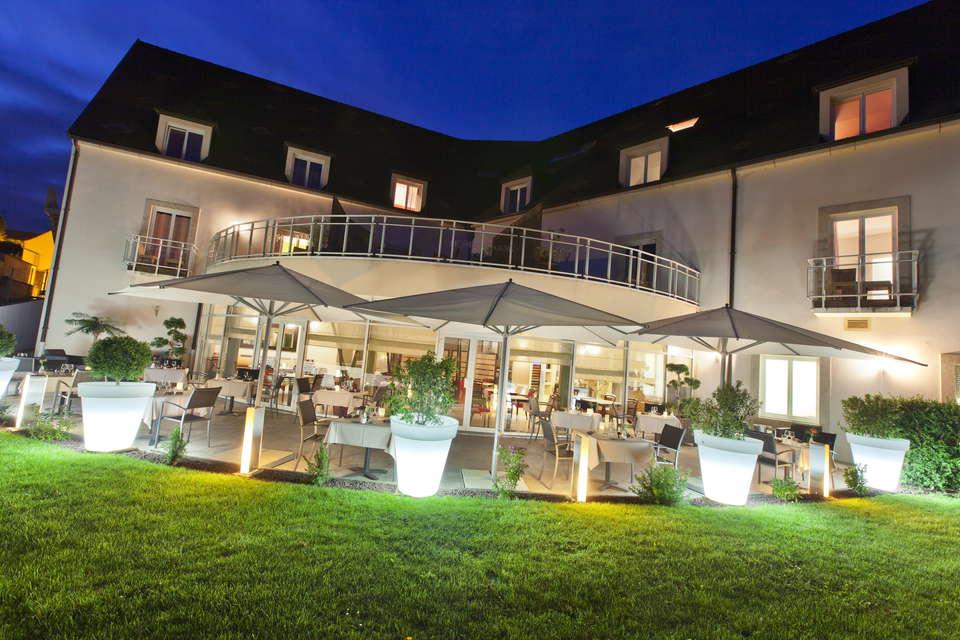 Le Richebourg Hôtel Restaurant et Spa - terrasse11.jpg