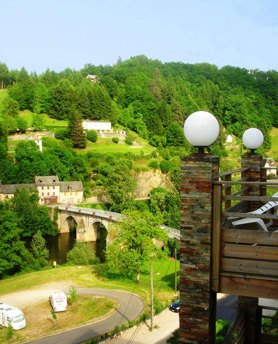 Les Gorges de la Truyère - 2-pieces-cabine-6-pers.jpg