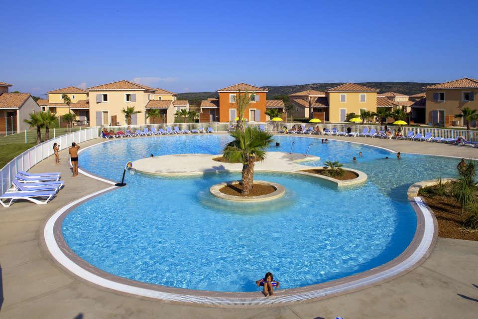Le Domaine du Golf - Fabrègues  - Village-Center-Le-Domaine-Du-Golf-piscine-22.jpg