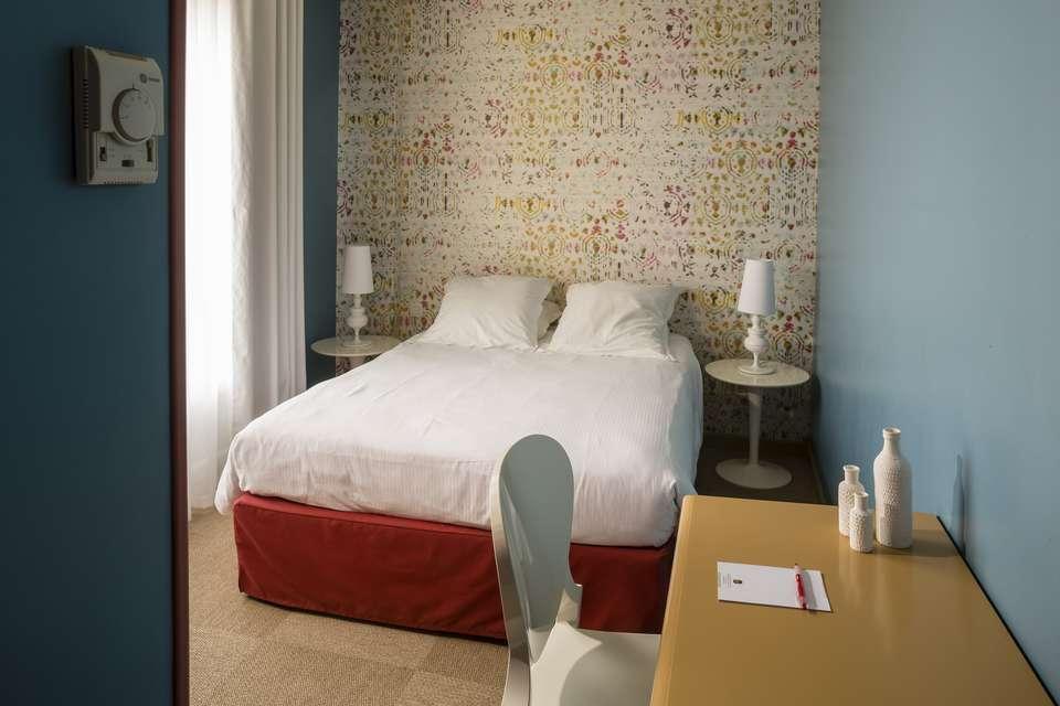 Hotel The Originals Sainte-Maxime Matisse (ex Qualys-Hotel) - Matisse_Hotel_Chambre_Classique.jpg