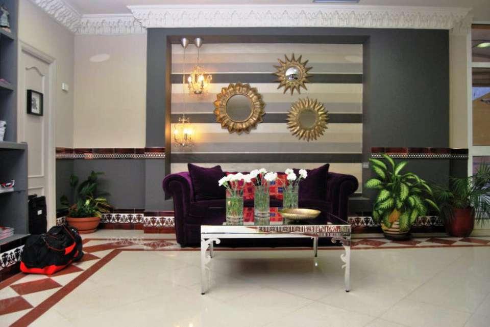 Hotel Sercotel Doña Carmela - 13446_403100120255_4688359_n.jpg