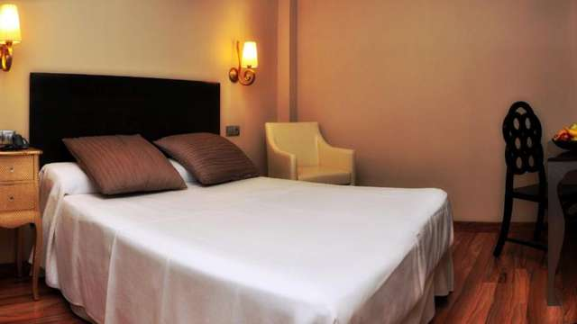 Hotel Sercotel Dona Carmela