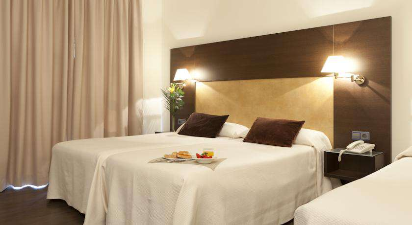 Hotel Madrid Torrejón Plaza - 16405747.jpg