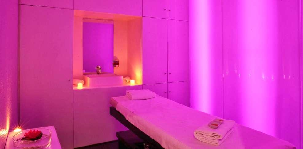 Week end bien tre la teste de buch avec 1 acc s au spa for Hotel design zelande