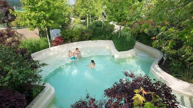 toegang tot het zwemparadijs voor 2 volwassenen (elke dag)
