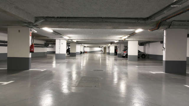 Best Western Plus Paris Meudon Ermitage - Parking