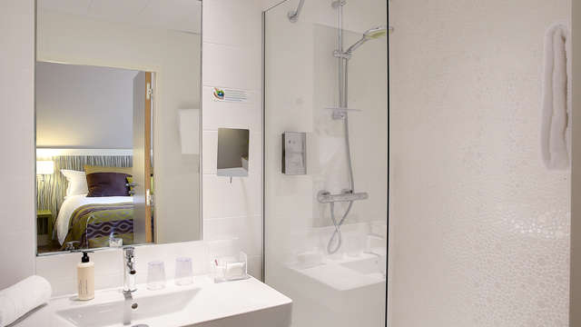 Best Western Plus Paris Meudon Ermitage - Salle de bain chambre foret