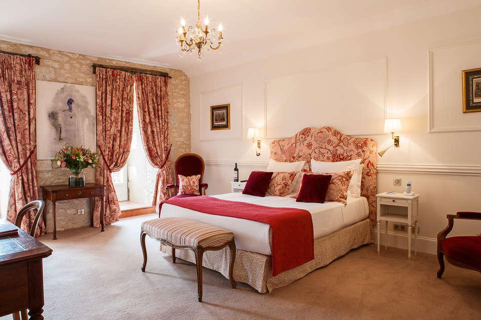 Le Château des Vigiers - chambre_luxe_chateau_17__2_.jpg