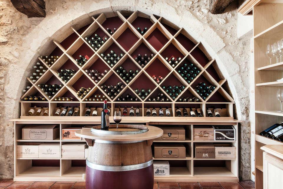 Le Relais des Vigiers - cave_de_degustation_chateau_des_vigiers.jpg
