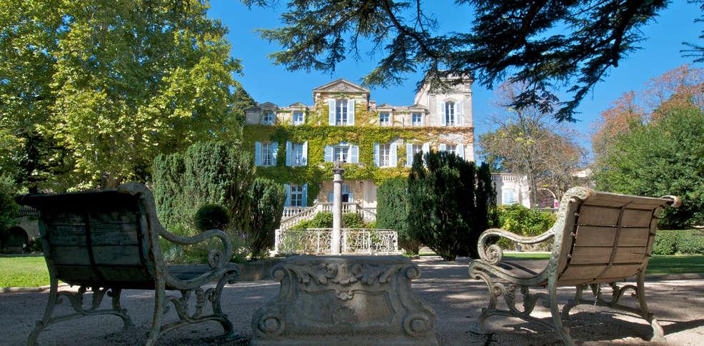 Week end de charme sauveterre avec entr e au mus e du vin for Michelin hotel france
