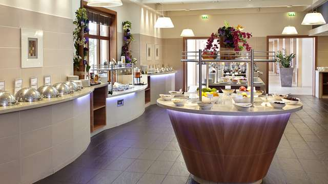 Radisson Blu Paris Marne-la-Vallee - Buffet rt flt HD