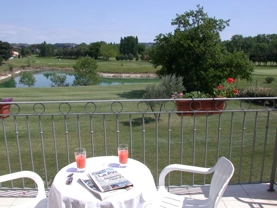 Residhotel Grand Avignon - balcon.JPG