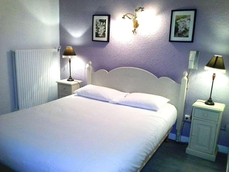 Hôtel la Corniche des Cévennes - Chambre_3.jpg
