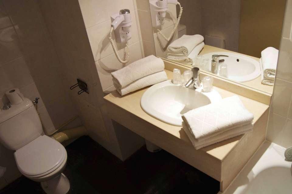 Appart'Hotel Victoria Garden Bordeaux - Salle-petit-dejeuner1.jpg