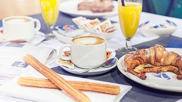 Escapada en el centro de Zaragoza con desayuno incluido