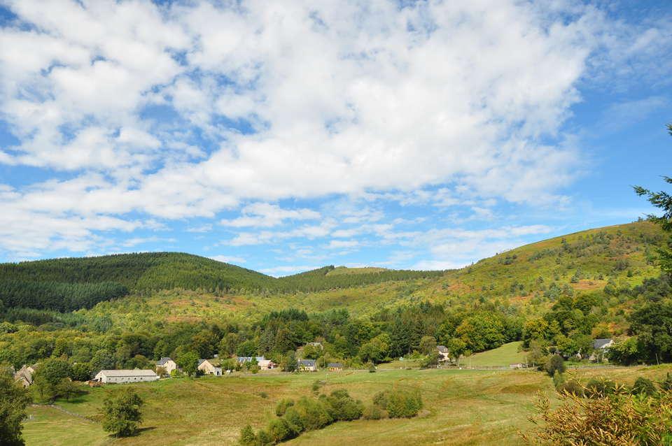 Le Village des Monédières - paysage_3.JPG