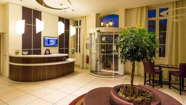 Hotel Francois Premier Cognac Centre - hall -hotel-francois-premier-cognac-centre