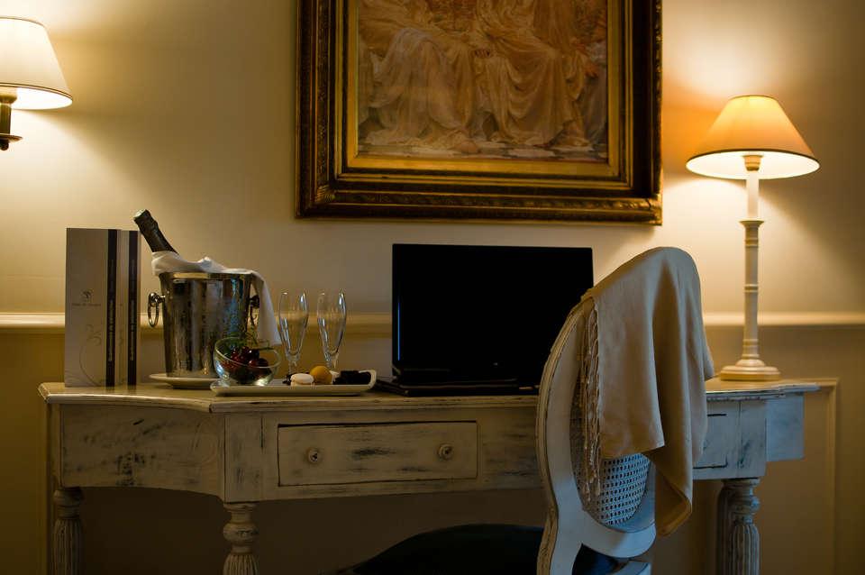 Hôtel de Mougins  - Chambre_110_-_09.jpg