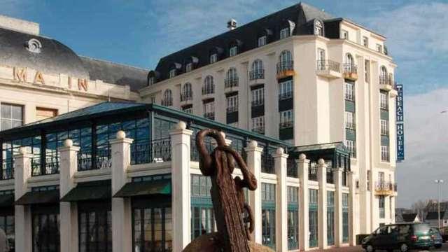 Hotel du Soleil le Beach Hotel
