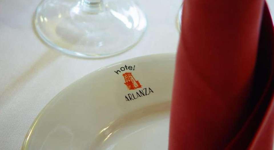 Hotel Nuevo Arlanza - 19333653.jpg