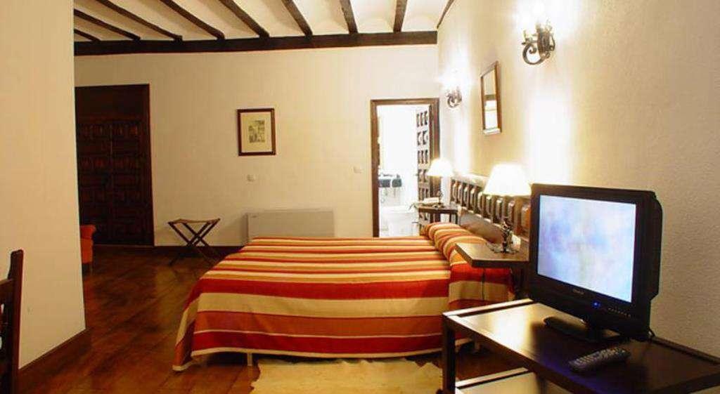 Hotel Nuevo Arlanza - 19333705.jpg