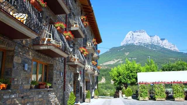 Week-end avec verre de vin offert dans les Pyrénées aragonaises (à partir de 2 nuits)