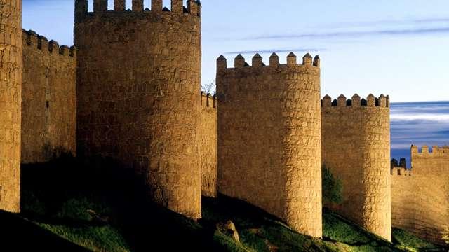 Escapada con encanto en media pensión en Ávila (Desde 2 noches)