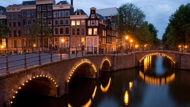 Week End Citytrip Amsterdam Avec Acc 232 S Au Spa Pour 2
