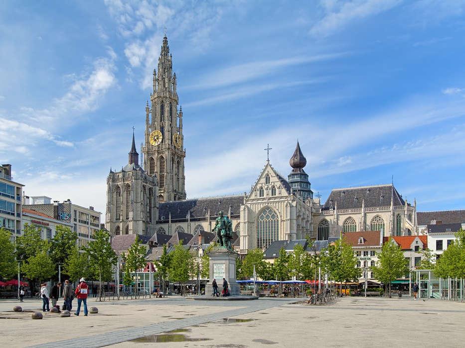 Mercure Antwerp City South (Ramada Plaza Antwerp) - 1.jpg