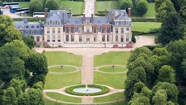 Mercure Maurepas St-Quentin - chateau cote jardins - Copie
