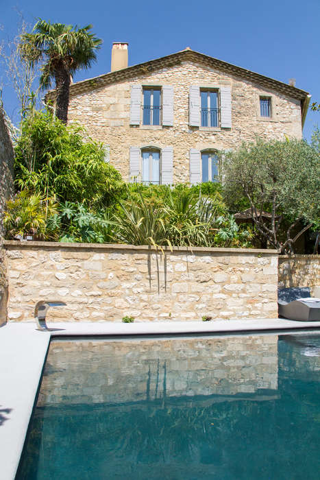 Hostellerie Le Castellas  - hostellerie-le-castellas-323-piscine-2-_ChateauxetHotelsCollection.jpg